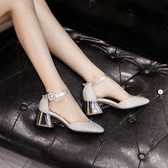 c2c6e408aa Gdgydh primavera verão moda mulher sandálias bling fivela cinta saltos  grossos dedo do pé quadrado baixo plataforma senhoras sapato mulheres  partido shoes