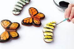 Easy Butterfly Cookies Decorated with Royal Icing-Tutorial via thebearfootbaker.com