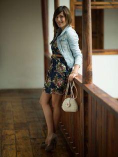 mymoleskinebynailee Outfit  flores urbano chic denim  Verano 2013. Combinar Bolso Blanco tienda local, Tacones-Plataformas Marrón suave Mary Paz, Cómo vestirse y combinar según mymoleskinebynailee el 9-8-2013