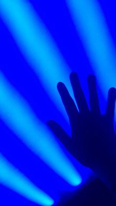 blue aesthetic Orange Wallpaper, Background Hd Wallpaper, Purple Wallpaper Iphone, Sunset Wallpaper, Butterfly Wallpaper, Dark Wallpaper, I Am Blue, Love Blue, Dark Blue
