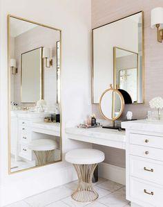 8 Dreamy Design Ideas for a Master Bathroom Interior Design Ideas Bathroom Design Dreamy Ideas Master Modern Interior Design, Home Design, Design Ideas, Bath Design, Design Design, Design Trends, Design Awards, Vanity Design, Modern Interiors