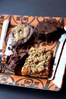 Baked's apricot bars (the non-chocolate bar in the picture) by David Lebovitz, via Flickr