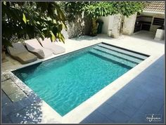 30 Interesting Small Backyard Designs Ideas With Pool. 28 fabulous small backyard designs with swimming pool indeed swimming is one of the best way to keep the body Small Backyard Design, Small Backyard Patio, Backyard Pool Landscaping, Backyard Patio Designs, Landscaping Ideas, Modern Patio Design, Front Yard Landscaping, Small Inground Pool, Small Swimming Pools