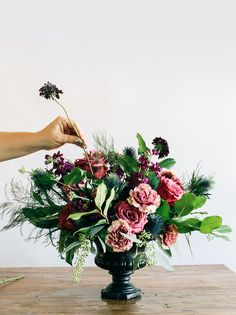 Having DIY Wedding Flowers seems both easy on the budget, and fun—but it's a lot to take on! Here's everything you need to know to get started.