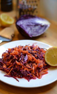 Punakaali-porkkanasalaatti   Maku Carrot Salad, Red Cabbage, Greens Recipe, Carrots, Bbq, Food And Drink, Cooking Recipes, Baking, Kitchens