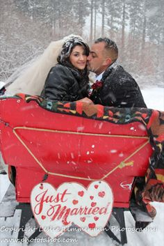 what's a little snow?  our weddings on the sleigh are a winter wonderland treat!  http://lakefrontwedding.com/lake-tahoe-wedding-venues/snow-covered-lake-view/