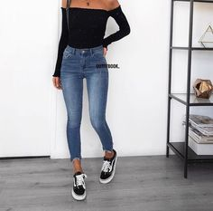 Jeans outfit, basic outfits, casual jean outfits, mode outfits, out Cute Casual Outfits, Basic Outfits, Mode Outfits, Fashion Outfits, Simple College Outfits, Hijab Casual, Ootd Hijab, Hijab Chic, Jeans Fashion