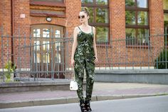IMG_1061 copy3 Floral Jumpsuit, Harem Pants, My Style, Dresses, Fashion, Vestidos, Moda, Harem Trousers, Fashion Styles