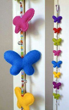 Felt butterflies & Beads - for you Suzanne Crochet Crafts, Felt Crafts, Fabric Crafts, Sewing Crafts, Diy And Crafts, Crafts For Kids, Felt Diy, Handmade Felt, Craft Projects