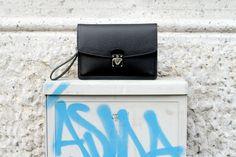 Louis Vuitton Belaia #LouisVuitton #Belaia    source: www.thethreef.com