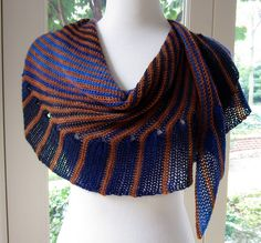 Ravelry: Cate's Wrap pattern by Julie Blagojevich FREE