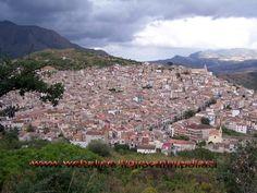 Ciminna è un piccolo centro di circa 4000 abitanti della provincia di Palermo.