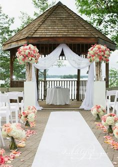 Line your aisle with rose petals from www.petalgarden.com