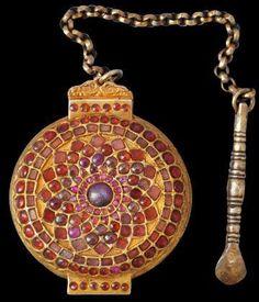 Extremely Rare Gold & Silver Lime Box (Killotaya) set with Rubies & Garnets  Kandy, Sri Lanka (cf. The Regalia of the King of Kandy)  18th century or earlier