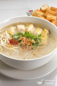Vietnamese Chicken Rice Soup (Chao Ga Recipe) - Vietnamese Foody #soup #ricesoup #chickensoup