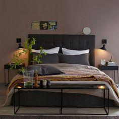 chambre-couleur-peinture-taupe-mat-poudre-AmPm - Decoration maison, Idees deco interieur, astuces et peinture