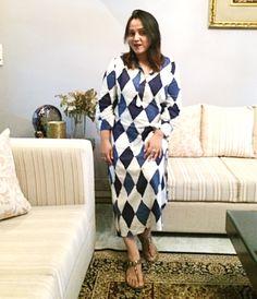 Argyle Summer Dress from Rajouri Garden Market ! It rocks ✨ . #ootd #ootdshare #outfitoftheday #outfitinspo #styling #whatiwore #wiwt #streetstyle #styleblogger #lifestyleblogger #fashionblogger #fblogger #bloggerstyle #indian #mumbai #chennai #bangalore #gurgaon #delhi #fashion #streetfashion #streetphotography #instafashion #instastyle #instadaily #bloggerhuntertr #aboutalook #fashioninsta #travelblogger #streetstyleblogger