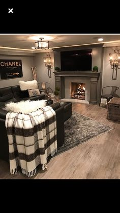Basement decor Source by skyydaniels The post Woman cave? Basement decor appeared first on Jims Home Designs. House Design, Home Living Room, House, Home, Cozy House, House Styles, New Homes, House Interior, Home And Living