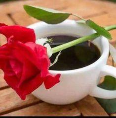 Bonjour my friend! Sweet Coffee, I Love Coffee, My Coffee, Coffee Drinks, Coffee Time, Coffee Cups, Good Morning Coffee, Coffee Break, Coffee Images