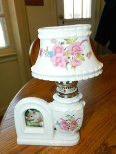 Hurricane Style Lampw/Pink Floral DesignOil LampComes with
