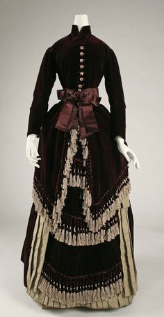 Dress ca. 1880 via The Costume Institute of the Metropolitan Museum of Art