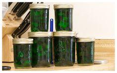 Instruction for recipe preparation Lime Pickles, Pickels, Food Hacks, Food Tips, Borscht, Preserves, Frozen, Water Bottle, Canning