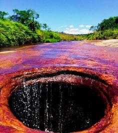 Colombia - Quebrada,Las Gachas, Guadalupe - Santander. http://mundodeviagens.com/ - Existem muitas maneiras de ver o Mundo. O Blog Mundo de Viagens recomenda... TODAS!