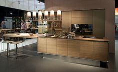 What happens when you combine a vao island unit with a linee kitchen? You get a delectable cooking experience. | TEAM 7