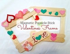 A simple DIY project for your little one, a popsicle stick valentine frame! A simple DIY project for your little one, a popsicle stick valentine frame! Bonus, it's magnetic. Popsicle Stick Crafts, Popsicle Sticks, Craft Stick Crafts, Preschool Crafts, Preschool Learning, Learning Activities, Valentine Day Photo Frame, Valentines Frames, Valentines Diy