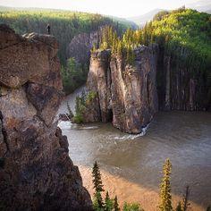 Impresionante.! Willmore Wilderness Park, Alberta, Canada | By ©Taylor Burk @taylormichaelburk