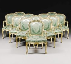 A set of twelve George III ivory painted and parcel-gilt armchairs  circa 1770 - Sotheby´s