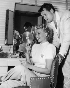 Rita Hayworth and Orson Welles on the set of The Lady from Shanghai (1947)