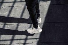 adidas Originals NMD Triple White  #allenclaudius #bowtiesandbones #indiansneakerhead #sneakerhead #hypebeast #indianhypebeast #streetwear #sneakerculture #indiansneakerculture #streetwearculture #indianstreetwearculture