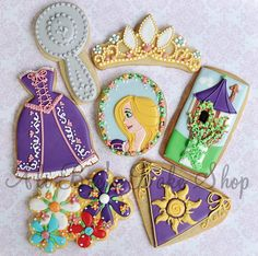 Rapunzel cookies (Tangled movie)  LOVE the dresses!