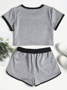 Contrasting Binding Crop Top Shorts Tracksuit - Gray S Cute Lazy Outfits, Sporty Outfits, Stylish Outfits, Girls Fashion Clothes, Teen Fashion Outfits, Outfits For Teens, Crop Top And Shorts, Crop Top Outfits, Gray Shorts
