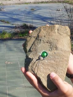 cool spot - nano #geocache hidden in a rock