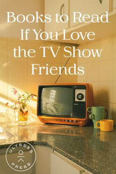Friends is the best show for social distancing. Here are the best episodes of Friends plus food pairings and recipes to get your Monica Geller on! Friends Best Episodes, Friends Tv Show, Delicious Recipes, Great Recipes, Yummy Food, Celebrity Books, Cheesecake Toppings, Thanksgiving Recipes, Watch