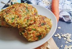 Zucchini Burger, Vegan Recipes, Cooking Recipes, Eating Raw, Cooking With Kids, Cauliflower, Low Carb, Food And Drink, Snacks