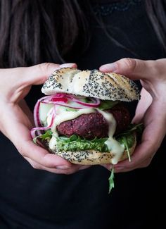 Vegan beetroot burger + a vegan cookbook giveaway - The Little Plantation Blog