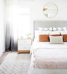 Grey and bright bedroom | Scandinavian minimalist design