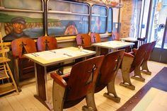 Welcome to one of Girona's best restaurants: Creperie Bretonne Annaíck. And while the city of Girona is brimming with cute little restaurants and bistros, we felt this one was definitely wort… Drafting Desk, Bistros, Table, Restaurants, Furniture, Decoration, Home Decor, Monuments, Courtyards
