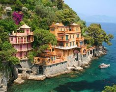 Seaside Homes, Portofino, Italy Bellflower ~when are we going? My passport is always Italia ready! Vacation Destinations, Dream Vacations, Vacation Spots, Oh The Places You'll Go, Places To Travel, Places To Visit, Beach Accommodation, Portofino Italy, Tourist Sites