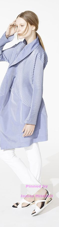 Issey Miyake Collection Resort 2015  placement pleating to create direction through line and add volume and interest how selective use of pleating can affect the appearance of a garment