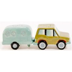 Pacific Enterprise -Car & Camping RV Trailer Salt and Pepper Shakers S Salt N Pepa, Salt And Pepper Set, Salt Pepper Shakers, Happy Campers, Tea Pots, Stuffed Peppers, Rv Trailer, Camping Kitchen, Rv Camping