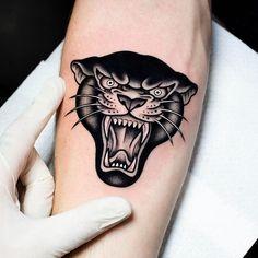 Traditional Tattoo Animals, Traditional Panther Tattoo, Traditional Black Tattoo, Traditional Tattoo Design, Old Tattoos, Black Ink Tattoos, Black Work Tattoo, Sleeve Tattoos, Tatoos