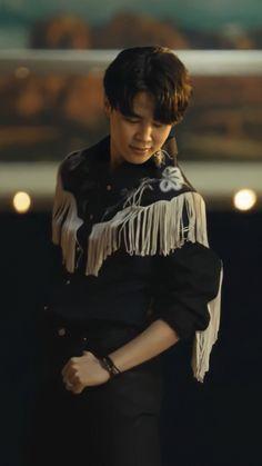 Park Ji Min, Foto Bts, K Pop, Jimin Pictures, Park Jimin Cute, Jimin Wallpaper, I Love Bts, Bts Korea, Bts Lockscreen