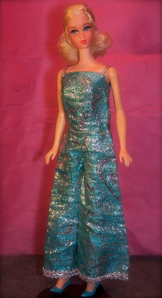 Barbie - Blonde_Talking_Barbie_2