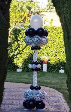 Decoración de bodas con globos: Fotos de propuestas (10/20) | Ellahoy Balloon Columns, Balloon Arch, Balloons, Balloon Display, Balloon Decorations, Balloon Ideas, Wedding Ballons, 50th Birthday Party, Birthdays