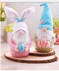 Cute Easter Bunny Decorations Ideas For Your Inspiration 29 Easter Crafts, Crafts For Kids, Diy Crafts, Spring Crafts, Holiday Crafts, Cute Easter Bunny, Easter Bunny Decorations, Easter Holidays, Christmas Gnome