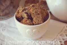 Rye Health Rusks - cocobean Healthy Breakfast Snacks, Best Breakfast, Rusk Recipe, Hard Bread, South African Recipes, Cooking Recipes, Healthy Recipes, Rye, Sweet Stuff